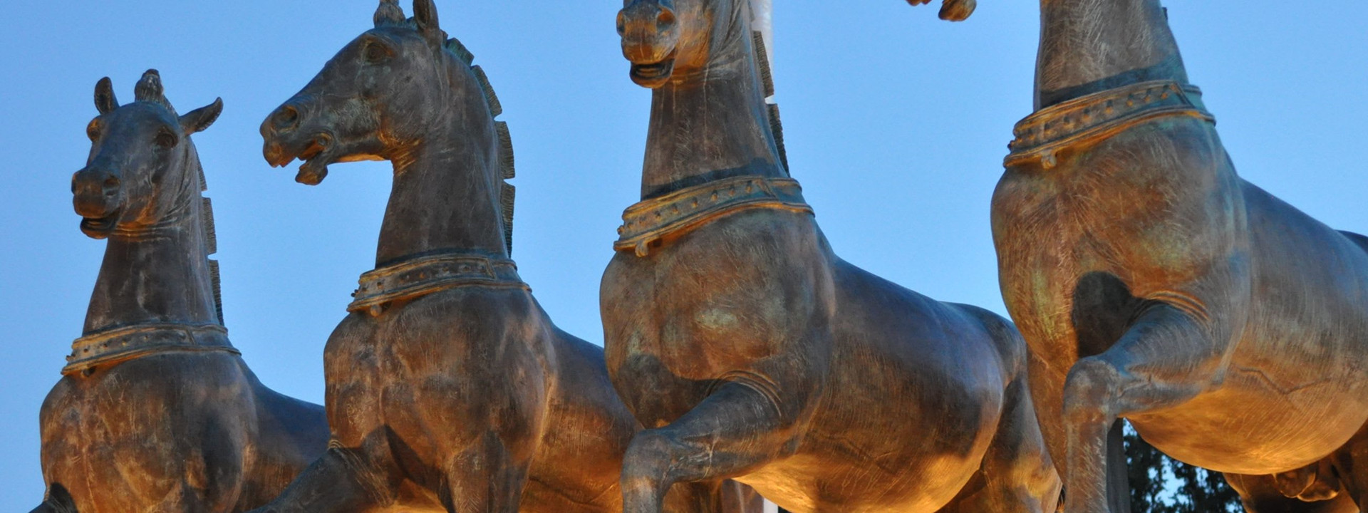 Gracing the entrance of Greenwood Memorial Park, the Greenwood Quadriga stands as an historic symbol of Victory.