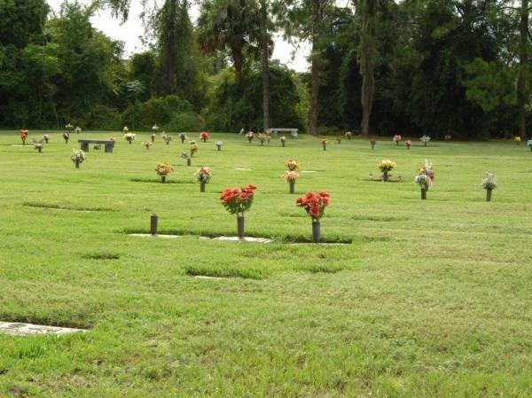 Facilities & Directions   Lakeside Memory Gardens