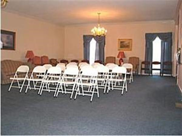 Hiawassee Chapel: Visitation Room