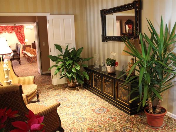 Rear Foyer Hallway