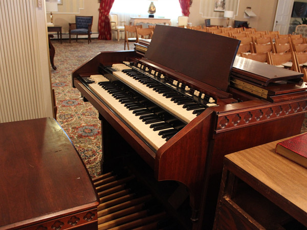 The organ in the Rose Chapel