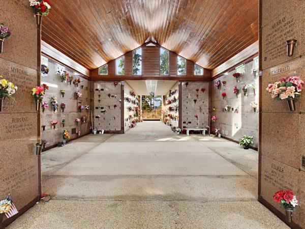 Pinecrest Memorial Gardens Mausoleum