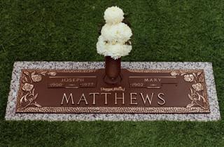 cemetery memorial markers