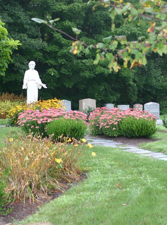 Urn Gardens