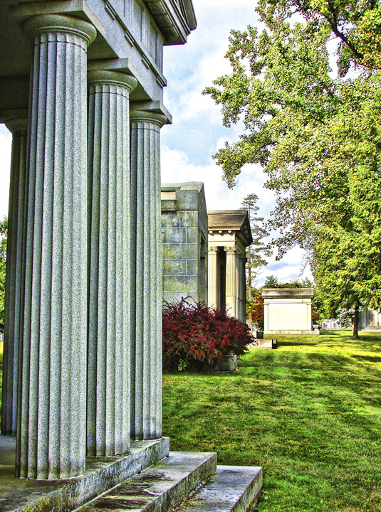 Private Mausoleums & Family Heritage Lots