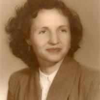 Lola Snell