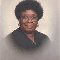 Lillian Bonds