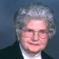 Evelyn  Mae Lindstrom