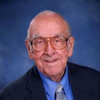 Lewis L Howard