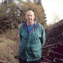 Walter Scott Jr.