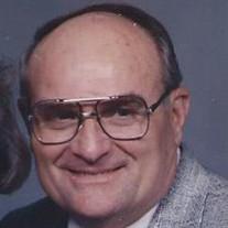 Raymond  Allison Holloway