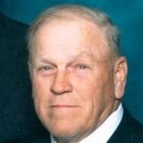 Dean  Holliday
