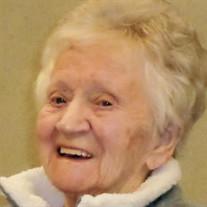 Mary E Lindberg