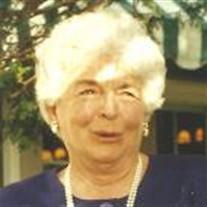 Elizabeth M Giunta