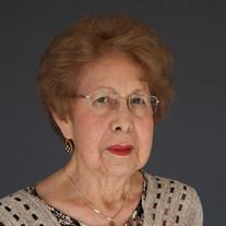 Lusinda Gloria Martinez