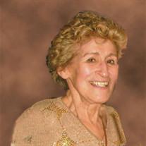 Lilia  DesMarais