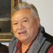 Eddie R Hernandez