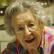 Evelyn Luceil Viall
