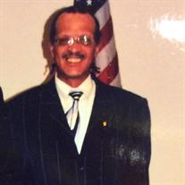 Michael  Alexjahandro Perry Sr.
