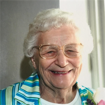 Evelyn Rose Yount