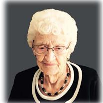 Frieda M Sonnichsen