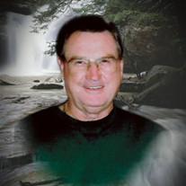 Robert  Lee Hudson