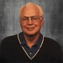 Robert D Hatch