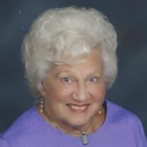 Lucille Maxine Lindblom Obituary - Visitation & Funeral Information