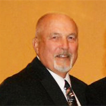 Howard Max Woods