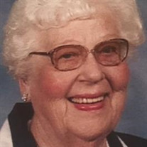 Evelyn L Weyer