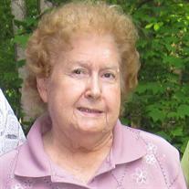 Carolyn P Smith