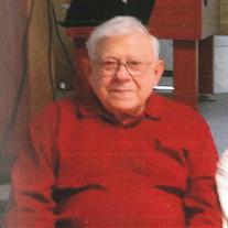 Robert  E. Showman