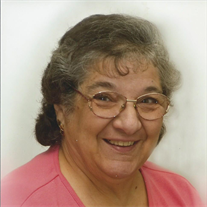 Lorraine Santo Garzzillo