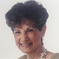 Carol Houston Makant