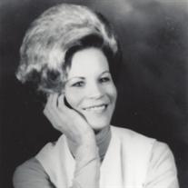 Lynn Fay McLaren