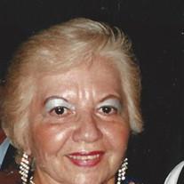 Irma  Santiago