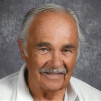 Ross W Rohn Jr
