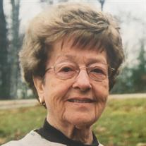 Betty Lou McKahan
