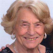 Teresa E Kosztyu