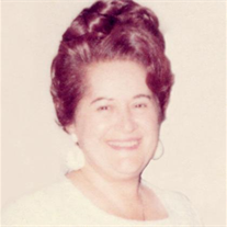 Marie Schiro Petrie