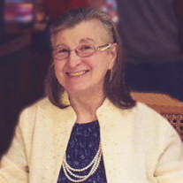 Louise Carr