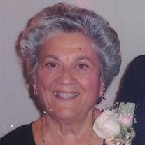 Bessie Chongris