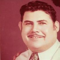 Reynaldo De Los  Santos
