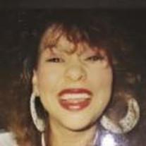 Maxi Yvette Negron