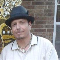 Douglas Huff Flores
