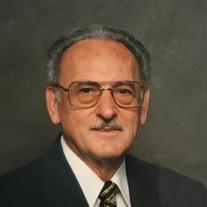 Alfred J Savoie