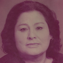 Estella M Martinez