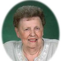 Darlyne J Dahleen