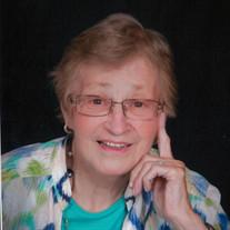 Evelyn J Palmateer