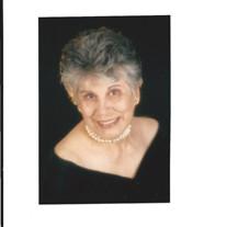 Lydia R Sierras